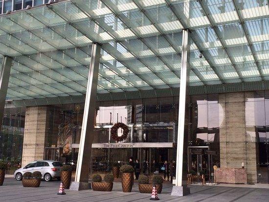 The Ritz-Carlton Shanghai, Pudong: The Ritz in Shanghai