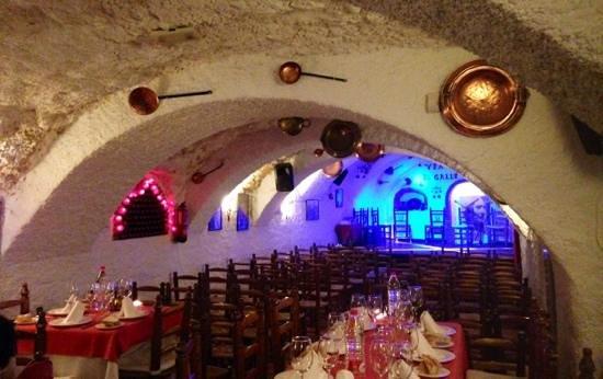 Venta El Gallo: the cave rooms