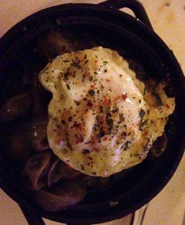Venta El Gallo: quail eggs with beans - simple but delicious