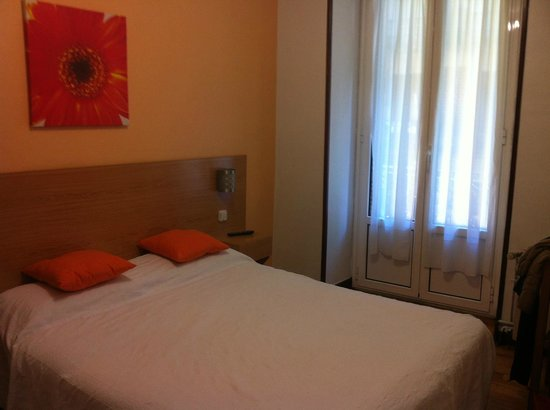 Pension Anorga : Chambre