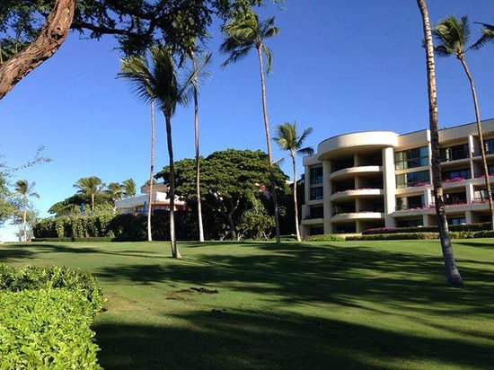 Hapuna Beach Prince Hotel : Hotel grounds