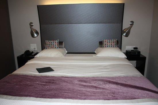 Hotel D - Basel : Comfy bed