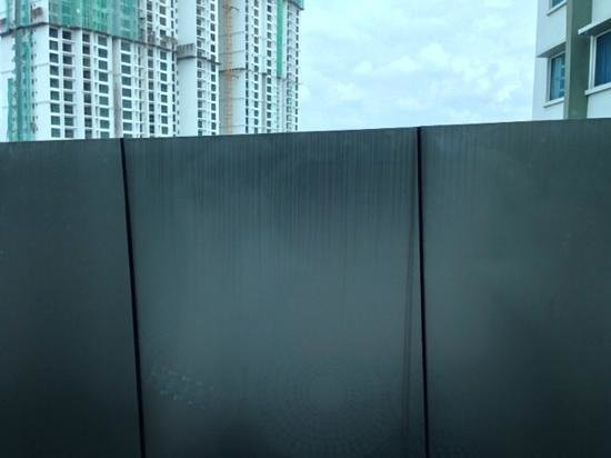 Hotel Granada Johor Bahru: blocked view
