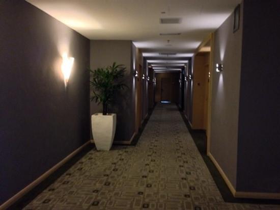 Hotel Granada Johor Bahru: lovely hallway