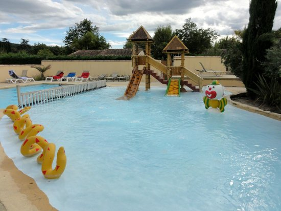 Camping les Coudoulets : Piscine