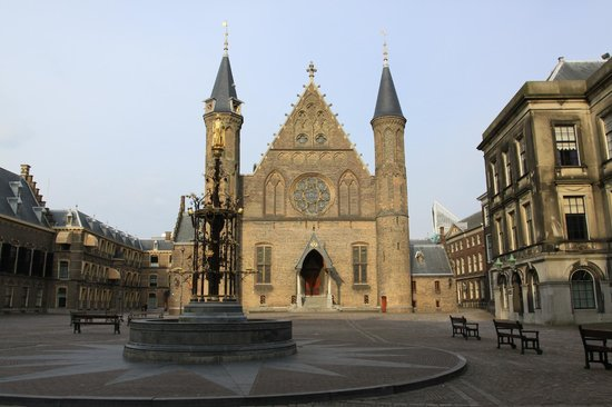Binnenhof & Ridderzaal (Inner Court & Hall of the Knights) : Риддерсзаал