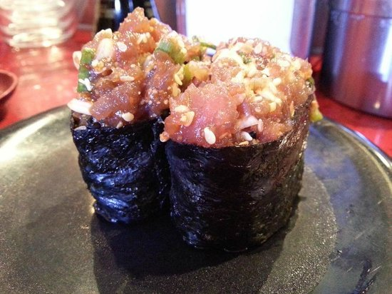 Sushi am Ring: Hot tuna roll
