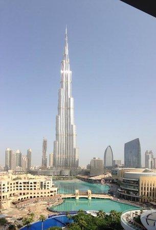 The Address Downtown Dubai: Vistas del Burj Khalifa desde la habitación