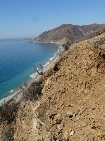 ‪‪Point Mugu‬, קליפורניה: Sweep of Beach from Point Mugu‬