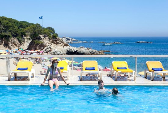 H top caleta palace platja d 39 aro costa brava spain hotel reviews photos price Girona hotels with swimming pool