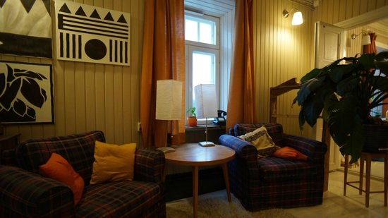 Kuninkaan Kaarre: Library, lounge area