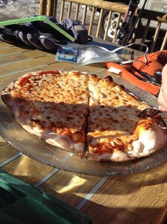 Brasserie Le Pre : pizza Margherita 13.30€