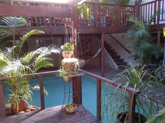 Mythai Guesthouse: breakfast deck