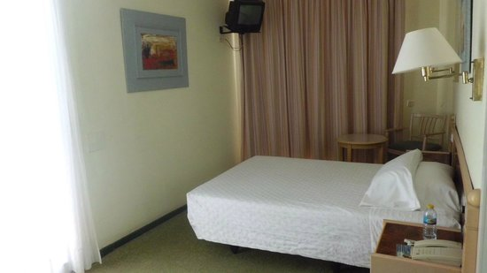 Beverly Park Hotel : Antiguo pero limpio