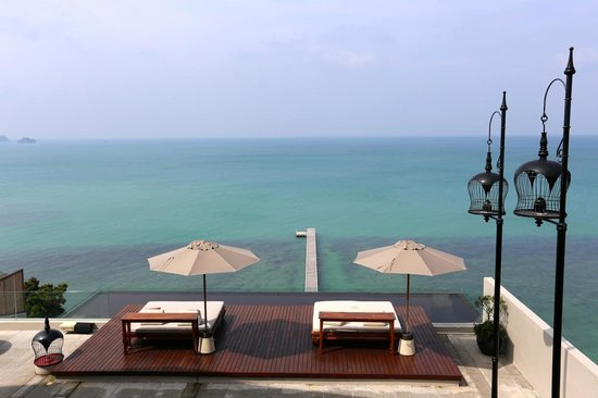 InterContinental Samui Baan Taling Ngam Resort: view from the lobby
