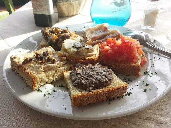 La Cantinetta di Rignana: Crostini misti, buonissimi!!!