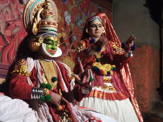 Misty Mountain Resort: kathakali