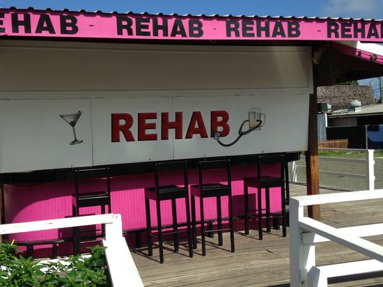 Rehab Bar Rodney Bay St Lucia: Call in the specialist