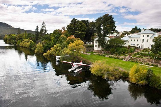 Woodbridge on the Derwent: Arriving in style - by seaplane