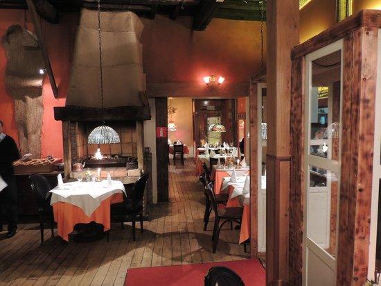 Walloon Brabant Province, Bélgica: Interior of restaurant
