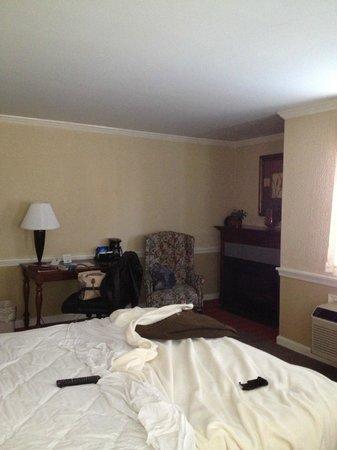 Clarion Inn Historic Strasburg Inn: Bedroom