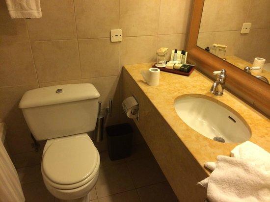 Herods Tel Aviv : bathroom