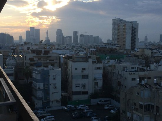 Herods Tel Aviv: Sunrise from an Odd Numbered room