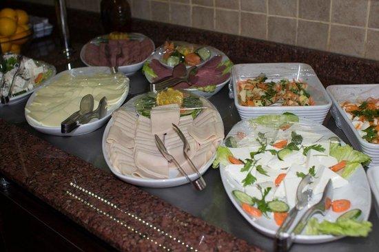 Asur Hotel: Завтрак