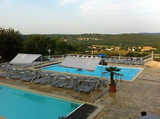 Vu sur la piscine picture of le mas de saboth vers for La piscine review