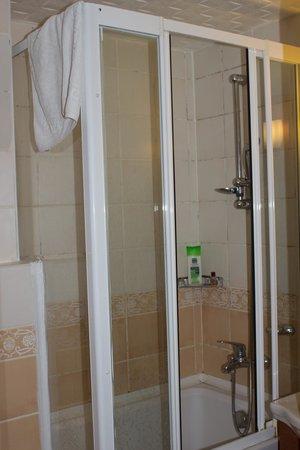 Asur Hotel: Ванна