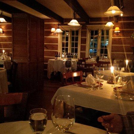 Patrick Bermand Restaurant: Romantique