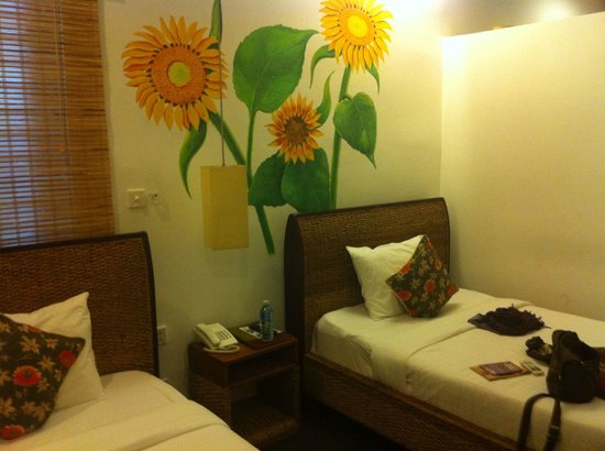 Monsoon Boutique Hotel : Twin beds