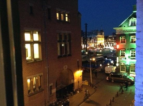 Frisco Inn Bar Hotel: view from the window, the grasshopper, dam square and amsterdam centraal station