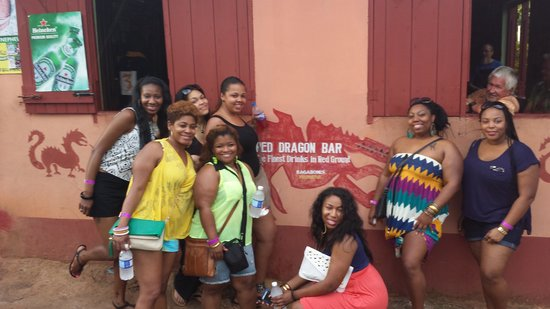 Dudley's Big Ship  Taxi ,Tours: The fun girls at the red dragon