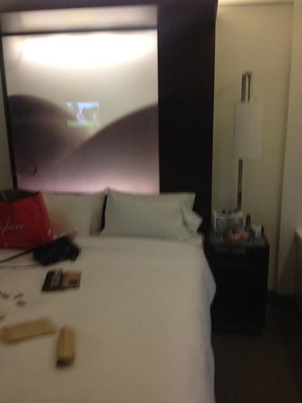 W New York: Bed -Room 1063