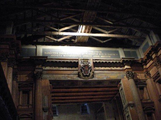 Teatro Farnese : Parte alta del proscenio