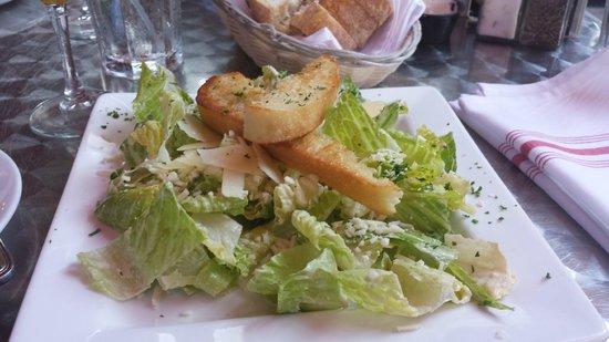 Oliver's Bistro: caesar salad