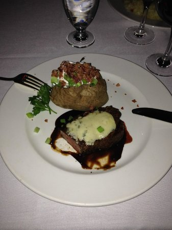 Hy's Steakhouse Whistler: Filet