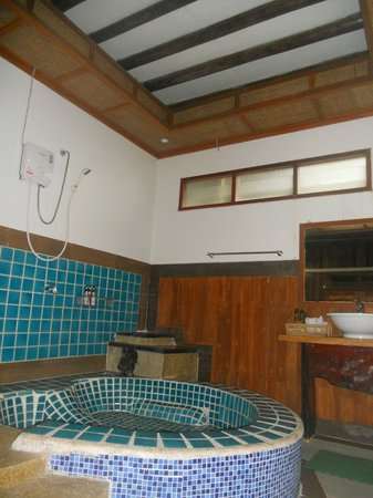 Dusit Buncha Resort: bagno