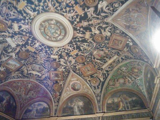 Camera di San Paolo : Affreschi bellissimi