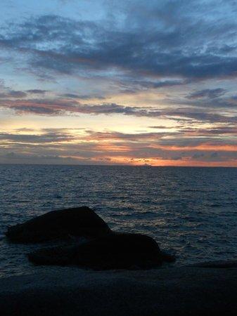 Dusit Buncha Resort : tramonto