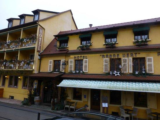 Hotel A l'Arbre Vert : Facade de l'hotel