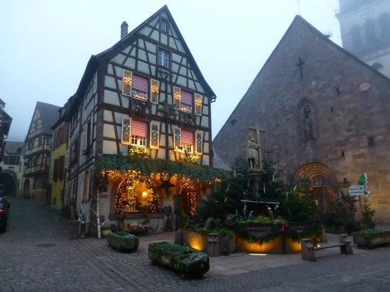 Hotel A l'Arbre Vert: belle maison