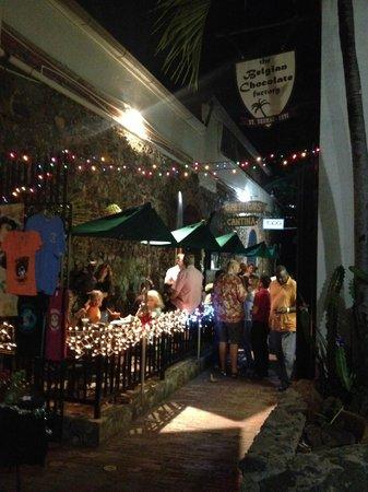Greengos Caribbean Cantina : Outside view at night
