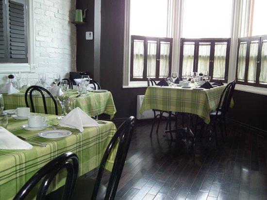Auberge Beausejour: Salle à manger