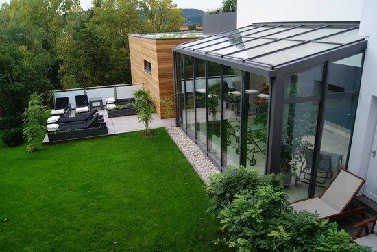 Hotel Villa Huegel: Zich op het schitterende binnenzwembad