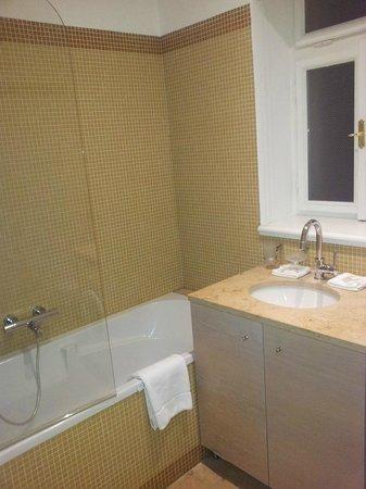 Residence Karolina - Prague City Apartments: Bathroom