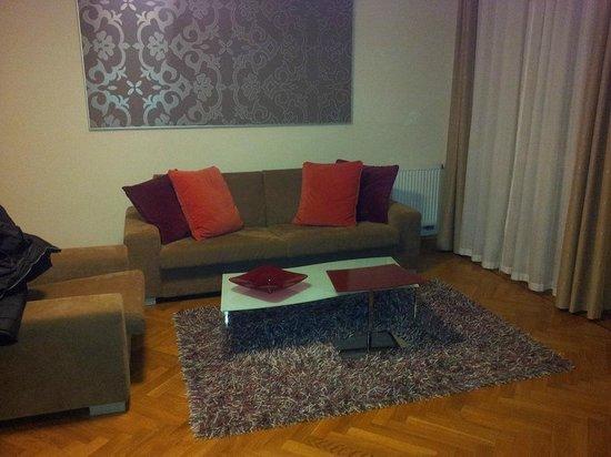 Residence Karolina - Prague City Apartments: Living room