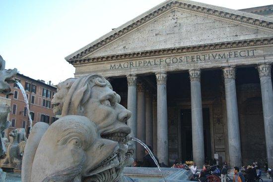 Esterno pantheon foto di pantheon roma tripadvisor for Esterno pantheon