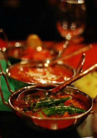 Spice House Indian Restaurant : Prawn Jalfrezi, Chicken Tikka Masala, Lamb Rogan Josh